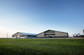 Feitsma Dairies – Dairy Barn