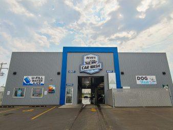 Devo's Car Wash – Moose Jaw, SK